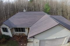 Oxford Roofing Shingle in Mustang Brown