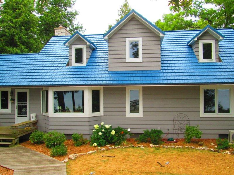 Rustic Shingle American Metal Roofs Wisconsin