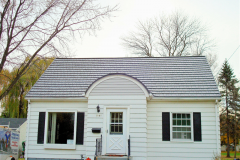 Rustic Metal Roofing Shingle in Deep Charcoal