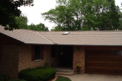 Rustic Metal Roofing Shingle in Buckskin