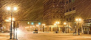 wisconsin snow falling on street